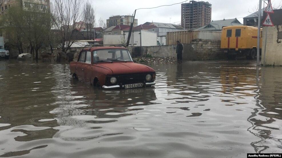 Image result for yağışdan sonra binəqədidə