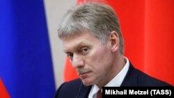 Речник Путіна вперше з початку протестів прокоментував масові акції з вимогою допустити незалежних кандидатів на вибори в Московську міську думу і їх розгін поліцією