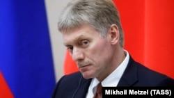 Зокрема, за словами Дмитра Пєскова, те, на якому конкретно глибоководному апараті 1 липня сталася пожежа, є «абсолютно секретною» інформацією
