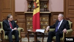 Secretarul-general Nato, Alexander Vershbow la întîlnirea cu președintele Nicolae Timofti la Chișinau