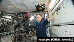 Ролик знімали на борту Міжнародної космічної станції
