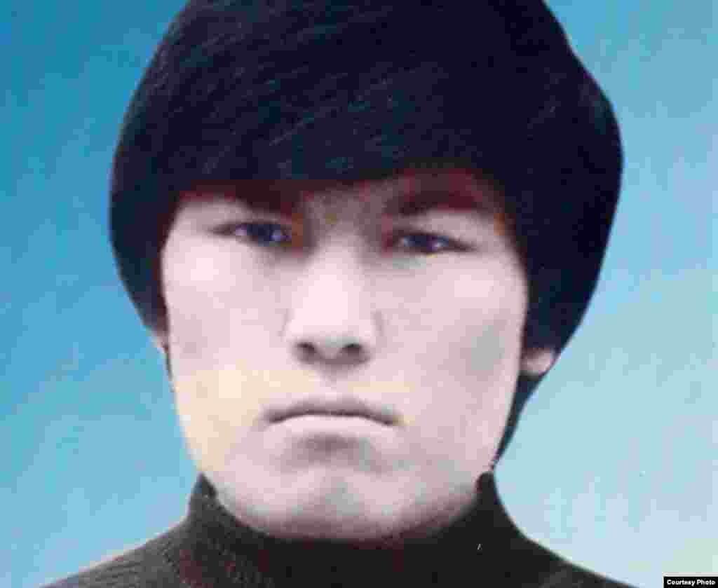 Кайрат Рыскулбеков в студенческие годы.