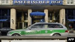 Мюнхенский отель, в котором проходит конференция по безопасности