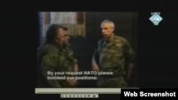 Ratko Mladić viče na zapovjednika nizozemskog bataljona UN-a, 11. srpanj 1995. - snimak prikazan na suđenju Radovanu Karadžiću u Hagu, 30. studeni 2011.