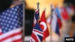 ناتو ائتلافی نظامی متشکل از 26 کشور است.