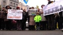 Ніхто не забув, як розливаються «коктейлі Молотова» – активіст під судом (відео)