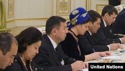 Члены туркменского правительства. Иллюстративное фото.