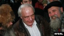 Буковский говорит, что демократическая оппозиция уже фактически объединилась для участия в президентской кампании