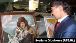 Көрмеге қойылған суреттердің бірі. Астана, 20 қараша 2012 жыл.