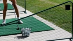 Aşgabatda 'maliýe kynçylyklarynyň' fonunda, golf-kluby açyldy