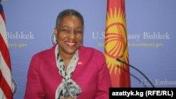 Посол США в Кыргызстане Памела Спратлен.