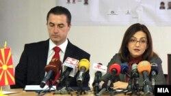 Директорот на Бирото за јавна безбедност Љупчо Тодоровски и министерката за внатрешни работи Гордана Јанкулоска.
