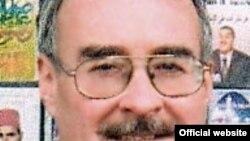 ريموند هينه بوش.استاد روابط بين الملل در دانشگاه «سنت اندروز» اسکاتلند.