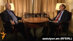 Armenia - Paruyr Hayrikian (L), an opposition presidential candidate, is interviewed by Harry Tamrazian, director of RFE/RL's Armenian service, Yerevan, 30Jan2013.