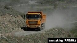 Тогуз-Тородогу түндүк-түштүк жолу.