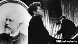 În 1958 la Concursul Ceaikovski