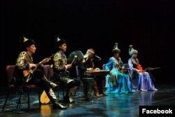 Кэролайн Куи айым Тайванда уюштурган концерттердин бири.