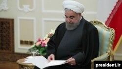 در دوران ریاستجمهوری حسن روحانی٬ فشارها بر فعالان مدنی٬ سیاسی و رسانهای تغییر زیادی نکرد.