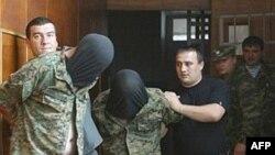 Власти Южной Осетии всем своим видом показывают, что не допустят дестабилизации обстановки в регионе