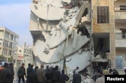 Последствия предположительно российских бомбардировок сирийского города Идлиб, 20 декабря 2015 года