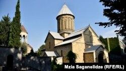 Громкий скандал вокруг Грузинской православной церкви продолжается с 10 февраля. За это время противостояние между церковными иерархами вышло за рамки внутрицерковного