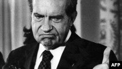 Američki predsjednik Richard Nixon podnio je ostavku nakon skandala Watergate, 1974.