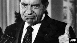 Ричард Никсон после объявления об отставке