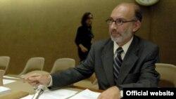 İnsan Haqları Şurasının prezidenti Luis Alfonso de Alba İran və Özbəkistanda araşdırmaların dayandırıldığını bildirib