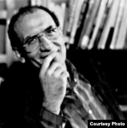 محمد مختاری، نویسنده
