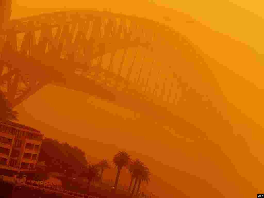 Пыльная буря в Сиднее, Австралия