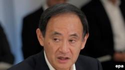 јапонскиот премиер Јошихиде Суга