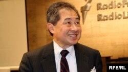 Amerikalı ekspert Edvard Çou, 23 oktyabr 2006