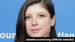 Атлантикалық кеңестің жалған ақпарат және ЕО жөніндегі сарапшысы Алина Полякова.