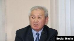 Бакыт Секимов.