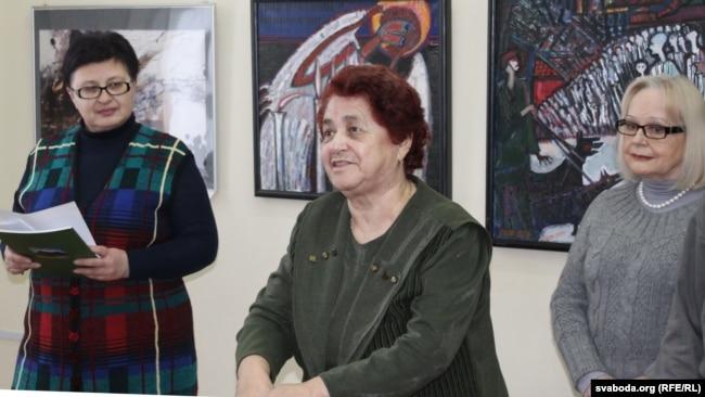 Ада Райчонак на адкрыцьці выставы «Гісторыя аднаго мястэчка. Галакост» у Віцебску, 2018 год