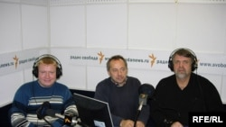 "Valery Smetanin, far left, the editor-in-chief of ""Ivanovo-Press,"" with Mikhail Sokolov and Vitaly Shapran"