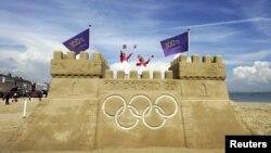Veliki olimpijski dvorac od peska izgrađen povodom 100 dana odbrojavanja pred Olimpijske igre