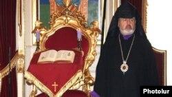 Местоблюститель Константинопольского Армянского патриарха архиепископ Арам Атешян (архив)