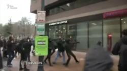 Протестующие в Вашингтоне переходят к насилию
