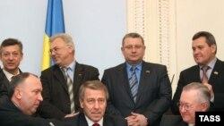 Підписання коаліційної угоди між фракціями БЮТ, НУНС та Блоком Литвина, Київ, 16 грудня 2008 р.