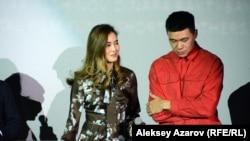 Динара Бактыбаева и Данияр Алшинов играют в фильме «Черный, черный человек» главные роли – журналистку и правозащитницу Ариану и полицейского Бекзата. Динара снялась уже в трех, а Данияр – в двух фильмах Адильхана Ержанова. Алматы, 27 ноября 2019 года.