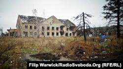 Село Піски, що неподалік Донецького аеропорту, 25 листопада 2015 року