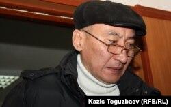 Шалкар Уразалин, подсудимый по делу об убийстве кыргызского журналиста Геннадия Павлюка. Алматы, 7 февраля 2012 года.