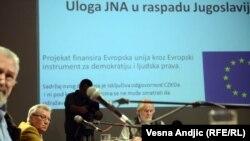Rasprava u Centru za kulturnu dekontaminaciju u Beogradu o ulozi JNA u raspadu SFRJ