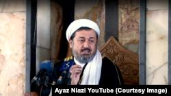 محمد ایاز نیازی خطیب مسجد وزیر محمد اکبر خان در کابل، سال گذشته در سیزدهم جوزا هنگام نماز جمعه در انفجاری داخل مسجد جان باخت.