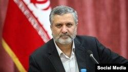 صولت مرتضوی در رقابتهای ریاستجمهوری امسال ایران رئیس ستاد انتخابات ابراهیم رئیسی بود.