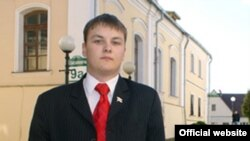 Старшыня Моладзі БНФ Андрэй Крэчка.