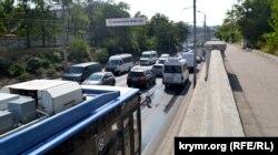Пробка на улице Героев Севастополя