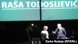 Raša Todosijević sa suprugom
