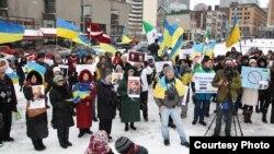 Акція проти окупації Криму Росією, Монреаль, 30 березня 2014 року